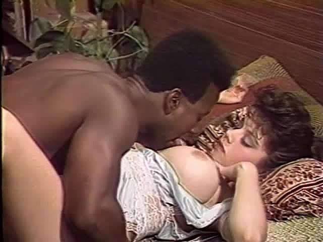 Ретро порно фильм про двух служанок