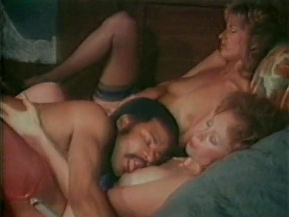 Black_Heather Hunter, Jenteal, Jill Kelly in classic sex movie