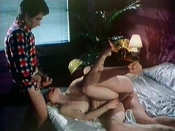 Serena, Vanessa del Rio, Samantha Fox in vintage fuck scene