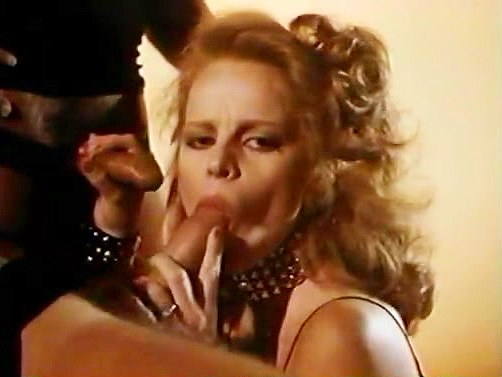 Cris Cassidy, Lisa De Leeuw, Starr Wood in fantasy group fucking moment of classic pornos