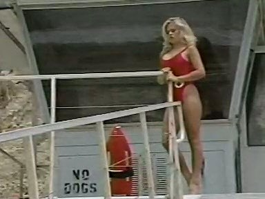 Amber Lynn, J.R. Carrington, Holly Body in classic fuck scene