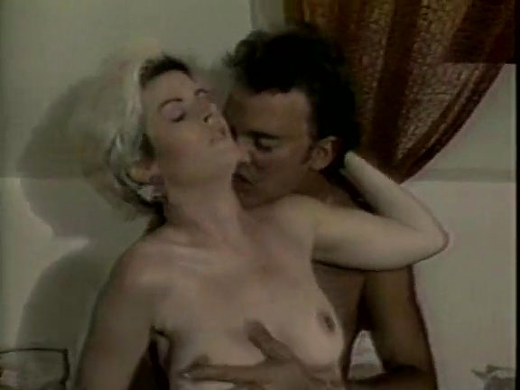 Leslie Winston, Melanie Scott, Peter North in vintage porn movie