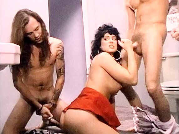Jeanna Fine, Marc Wallice, Sikki Nixx in Jeanna Fine does a threesome in the club's toilet