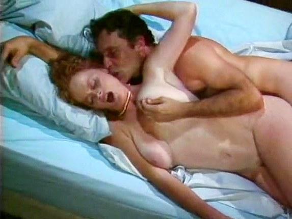 Lisa De Leeuw, John Leslie in retro porn star bangs a redhead chick