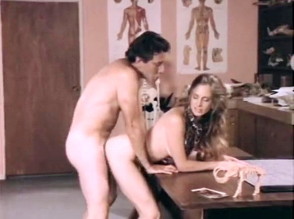 Renee Lovins, John Leslie in natural beauty of sexy girl shines in retro porn