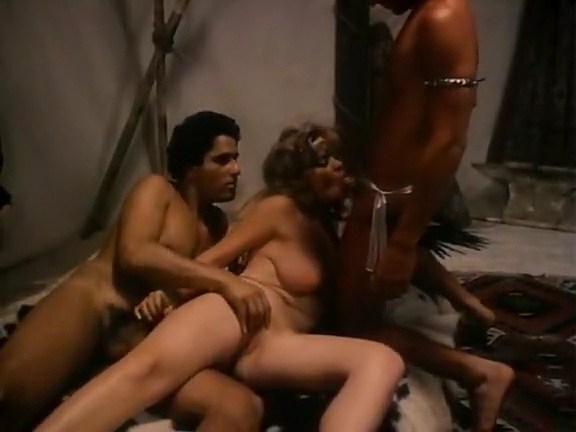 Annette Haven, John Leslie, Lisa De Leeuw in classic fuck movie