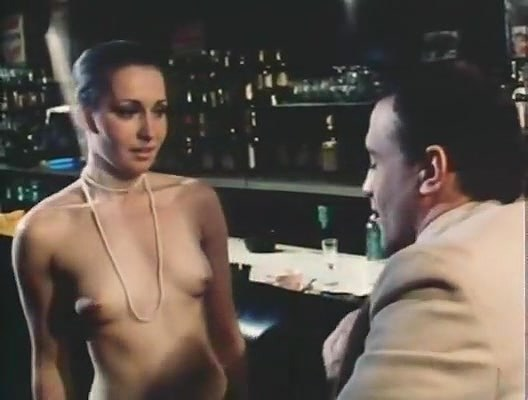 Samantha Fox, Molly Malone, Don Peterson in vintage porn scene