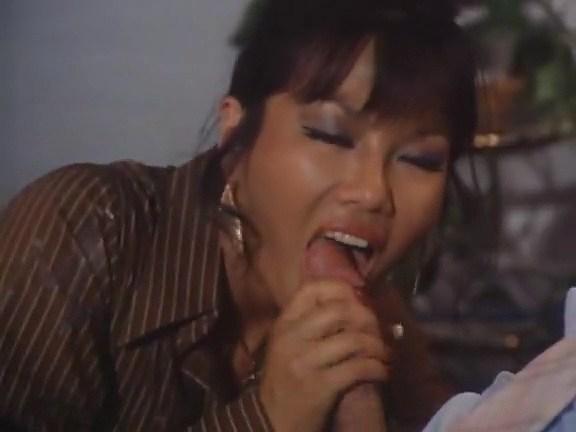 Candy Samples, Lisa De Leeuw, Shanna McCullough in vintage xxx video