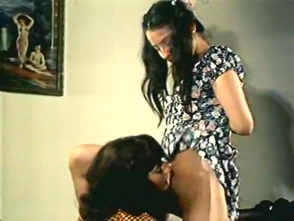 Spring Finlay, Justina Lynn, Kris Ware in classic porn clip